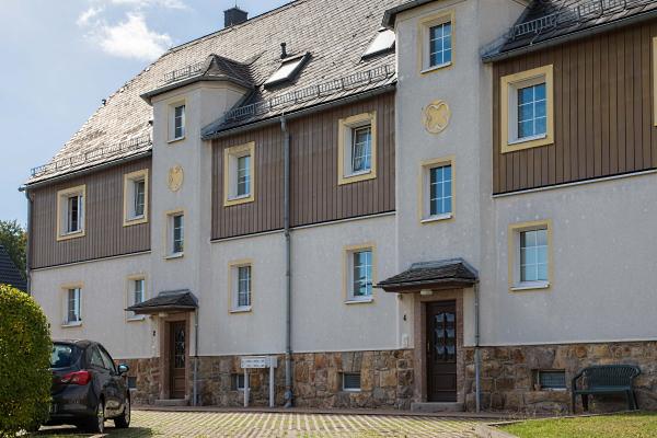 Doppelhaus Waldstr. 2-4
